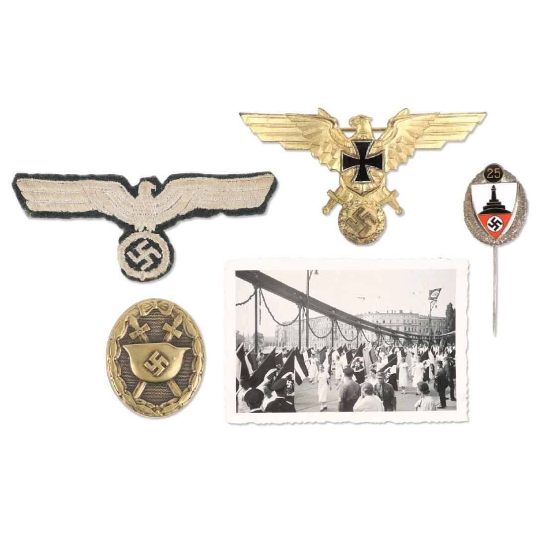 German WWII War Badges & Photograph