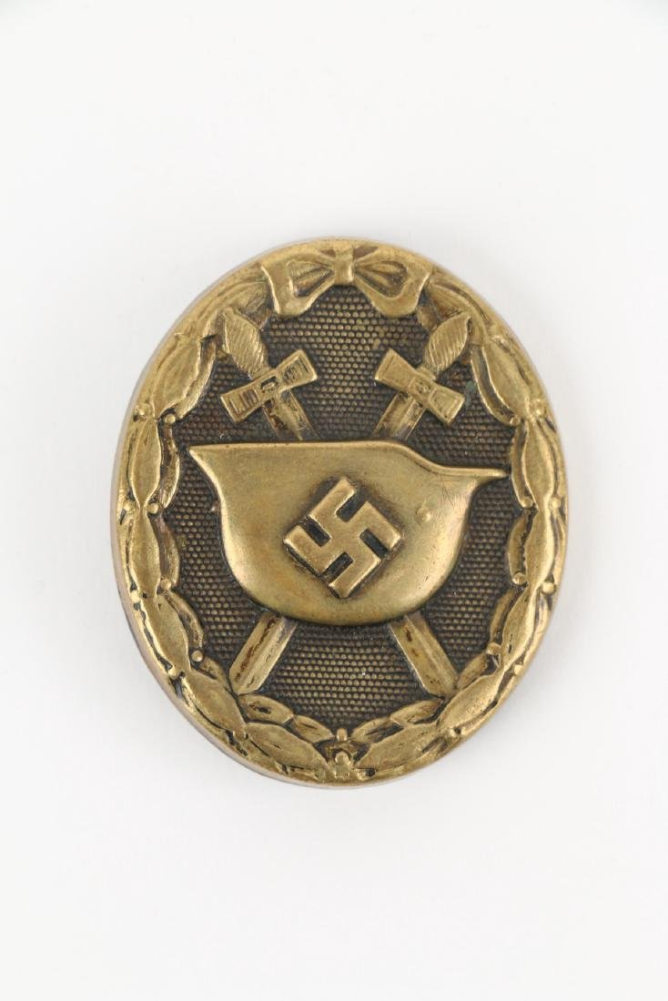 German WWII War Badges & Photograph - 6
