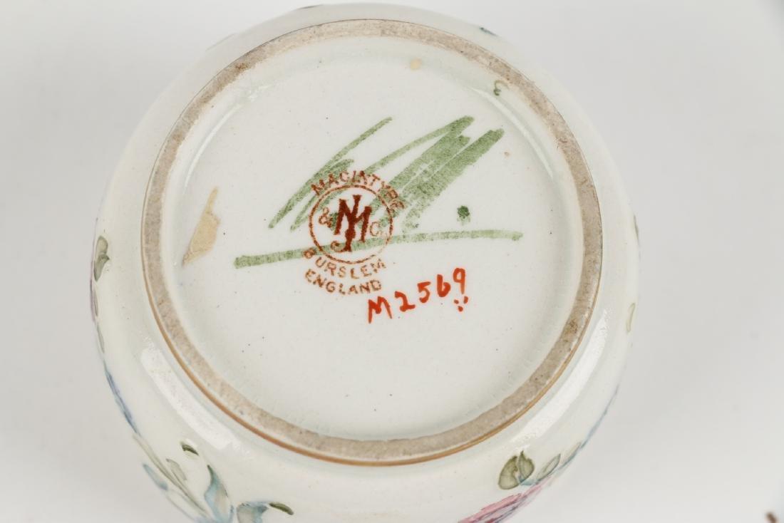 Macintyre, Burslem & Moorcroft Pottery - 9