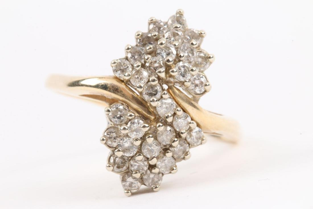 A 14K Gold & Diamond Cluster Ring - 2