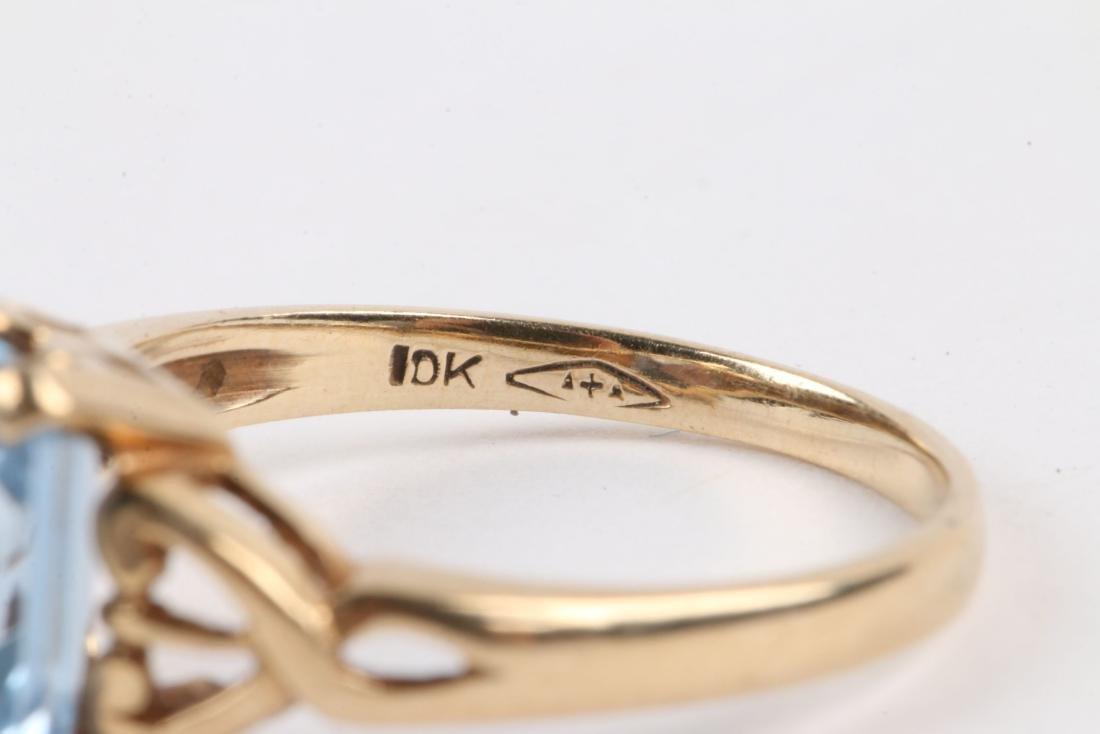 A 10k Gold & Aquamarine Ring - 4
