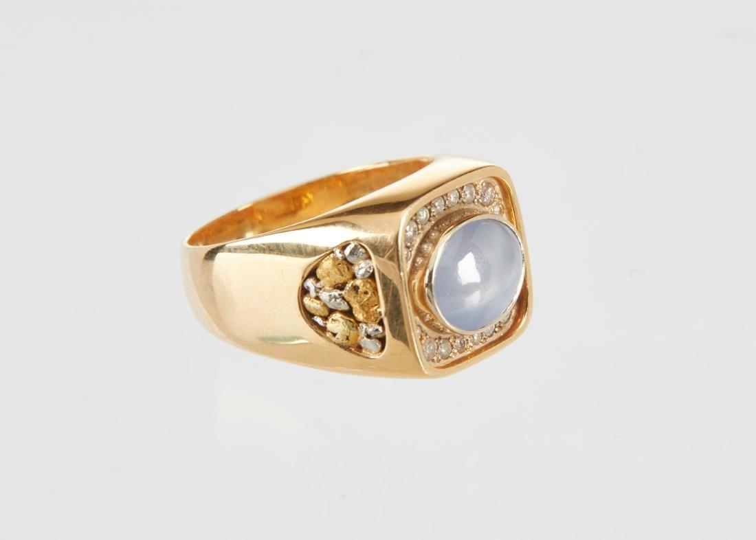 A Gent's 18k Gold, Diamond & Star Sapphire Ring - 2