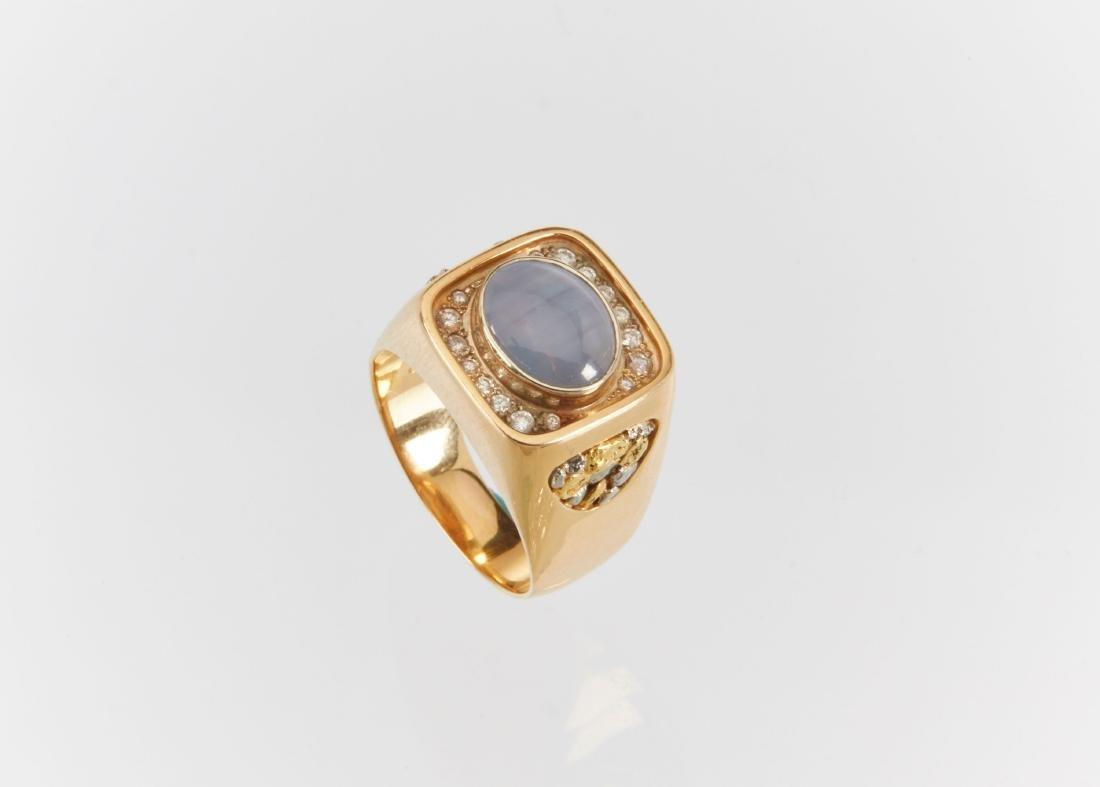 A Gent's 18k Gold, Diamond & Star Sapphire Ring - 5