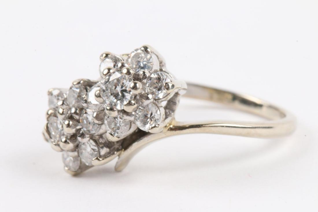 A 14k Gold & Diamond Cluster Ring - 3
