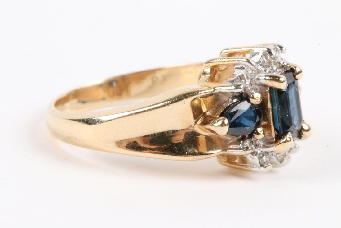 A 14K Gold, Sapphire Ring - 3