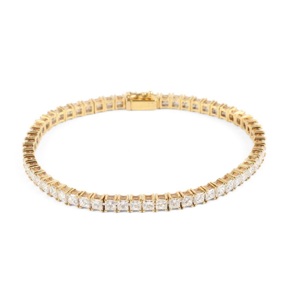 An 18K Gold, Diamond Bracelet