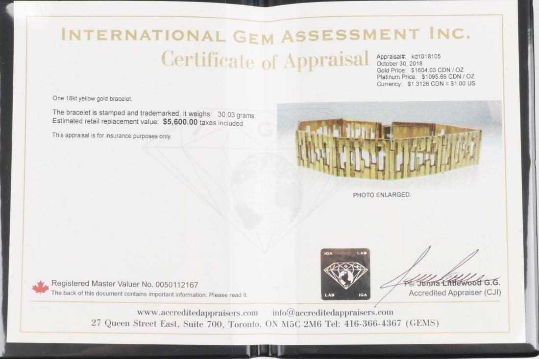 An 18K Yellow Gold Bracelet - 7