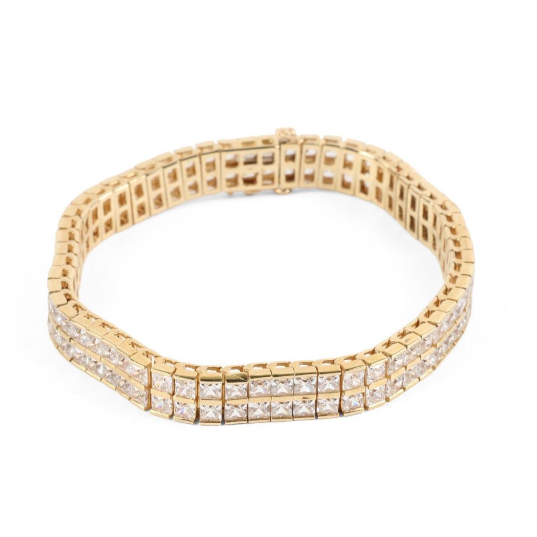 A 10K Yellow Gold Bracelet