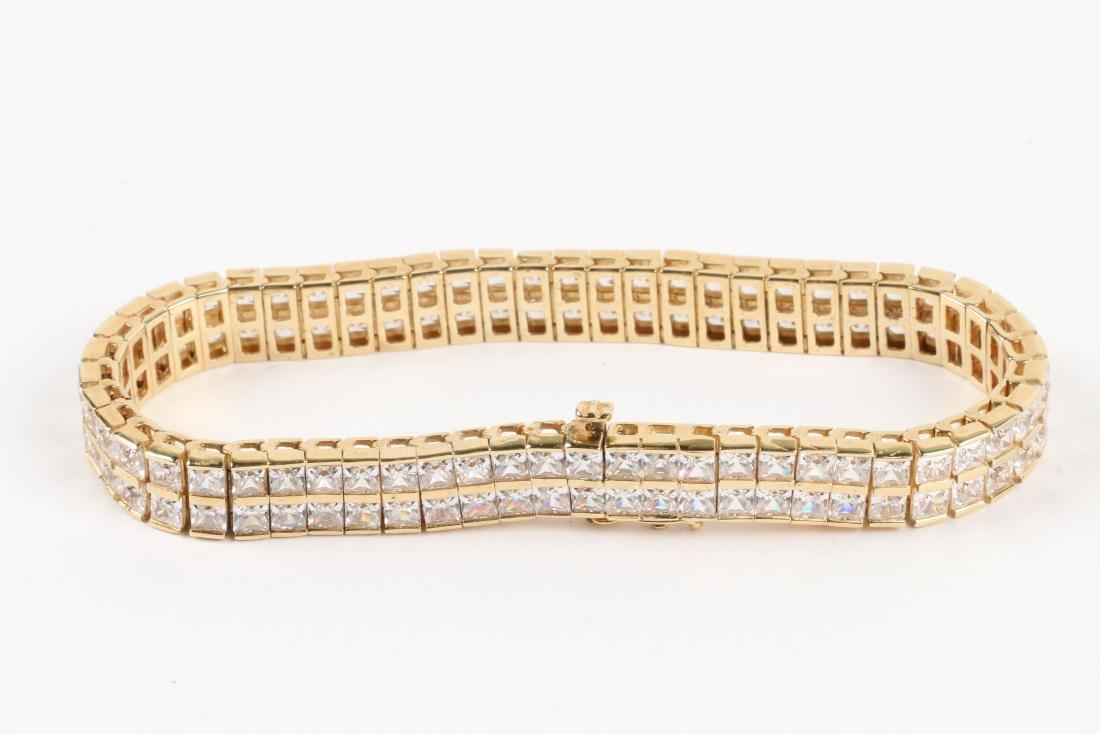 A 10K Yellow Gold Bracelet - 2
