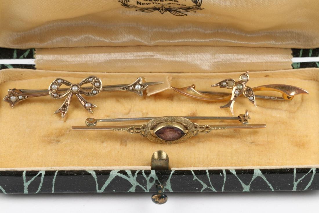 A Pair 9K-10K, Amethyst & Pearl Tie Pins - 2