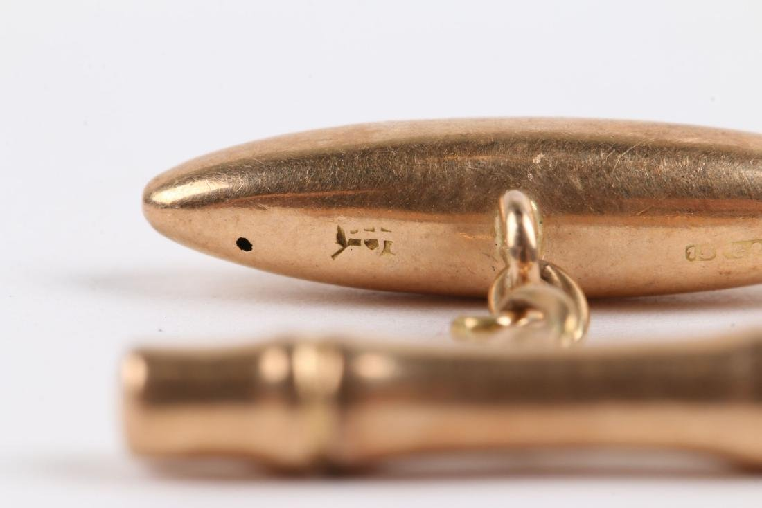 2 Pairs, 10K-15K Gold Cufflinks - 10