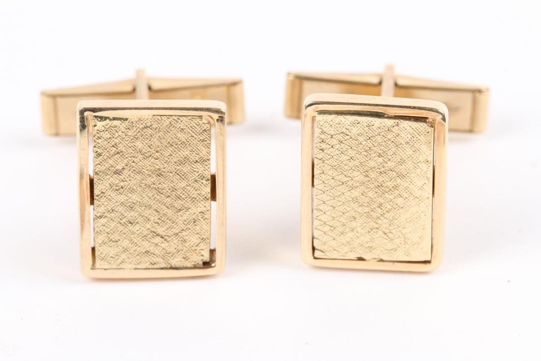 2 Pairs, 10K-15K Gold Cufflinks - 2