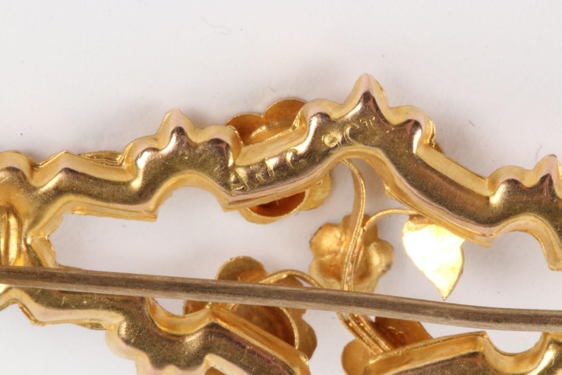 An English 9K Multi-Coloured Gold Bar Pin - 7