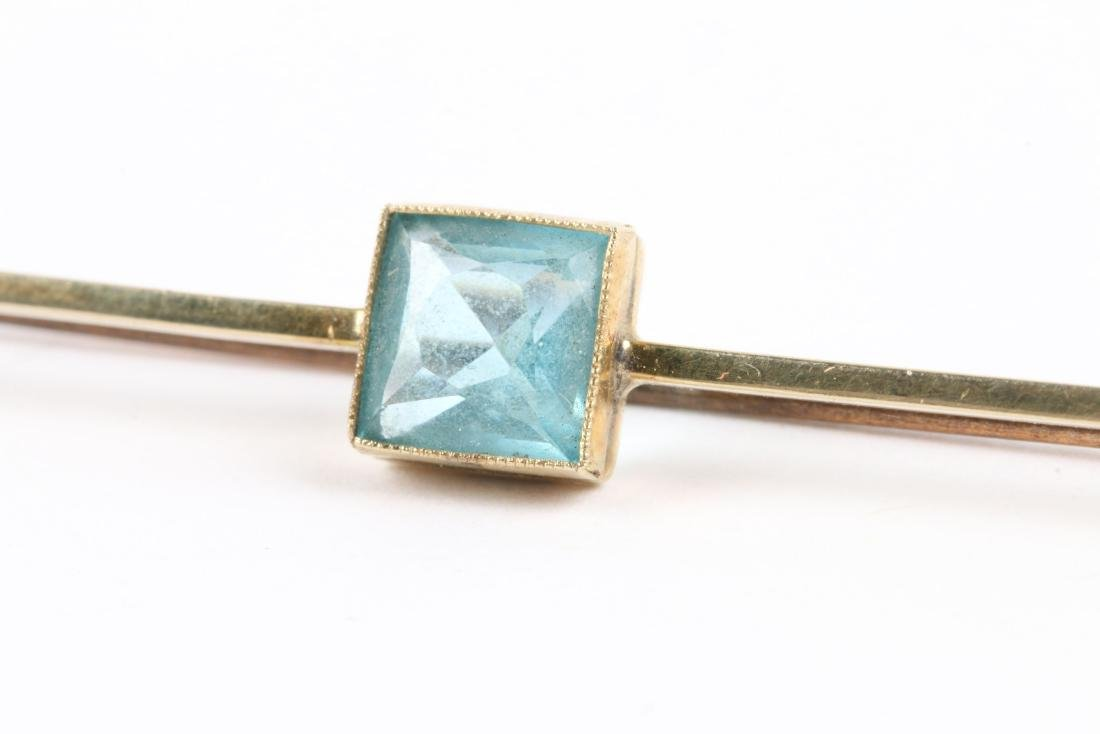 An Edwardian 10K Gold & Aquamarine Bar Pin - 5