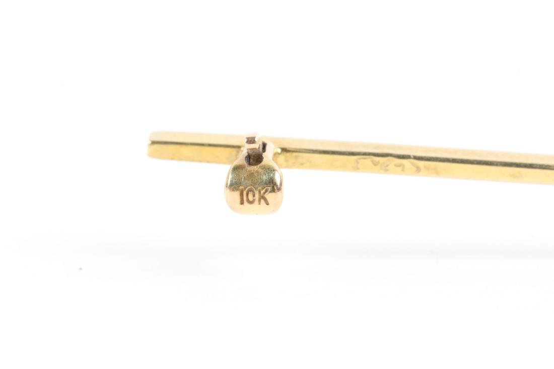 An Edwardian 10K Gold & Aquamarine Bar Pin - 7
