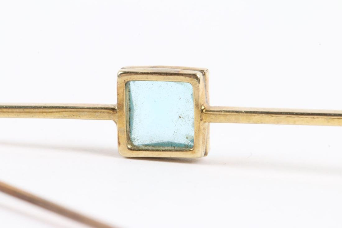 An Edwardian 10K Gold & Aquamarine Bar Pin - 9