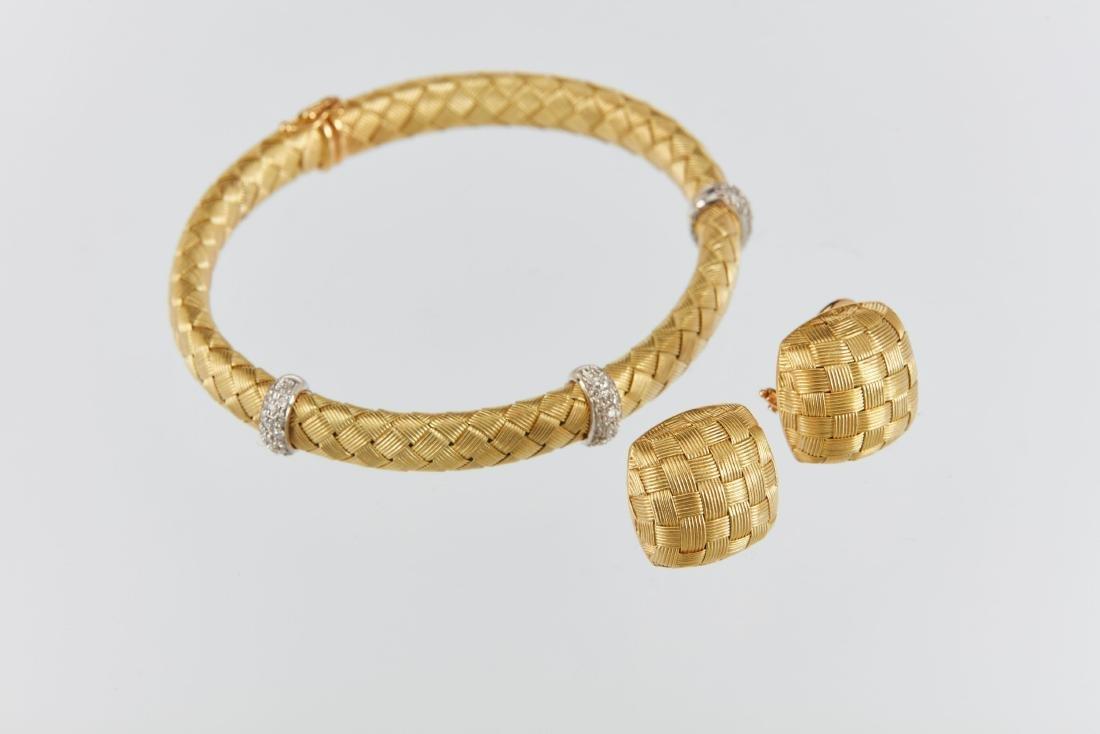A Roberto Coin 18K Woven Bracelet & Earrings Set - 2