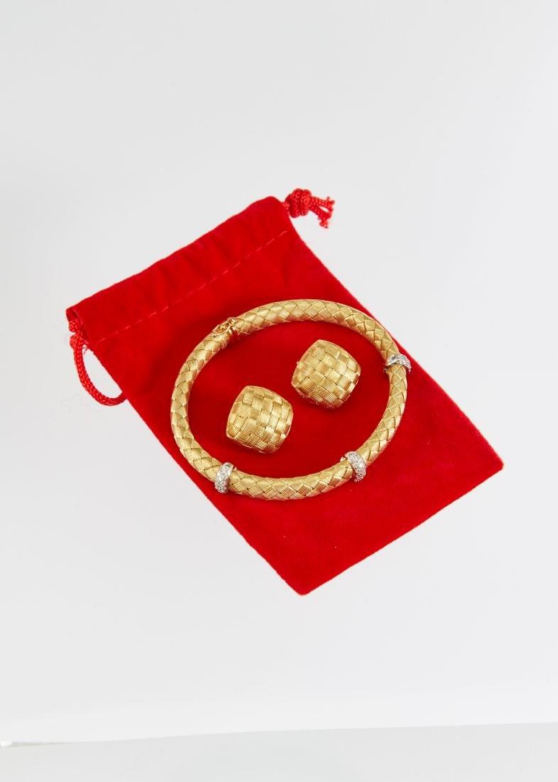A Roberto Coin 18K Woven Bracelet & Earrings Set - 4