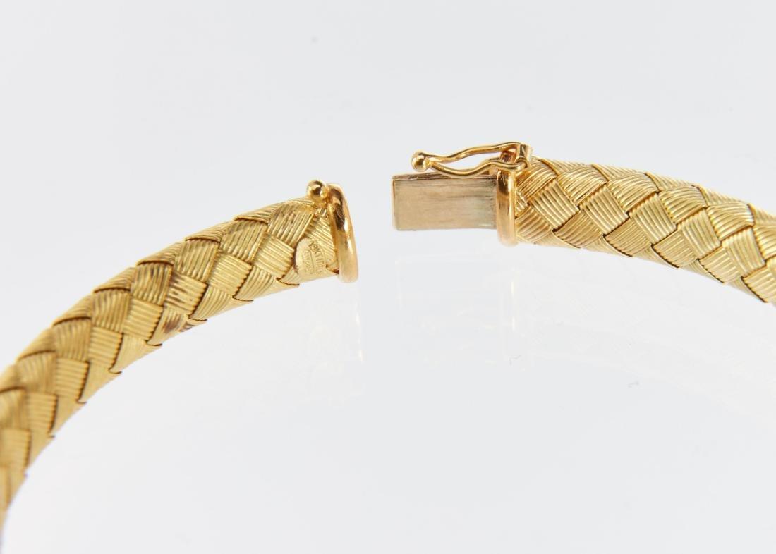 A Roberto Coin 18K Woven Bracelet & Earrings Set - 7