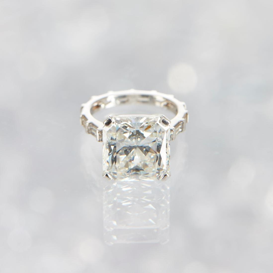 An 11-Carat Platinum Diamond Ring - 3