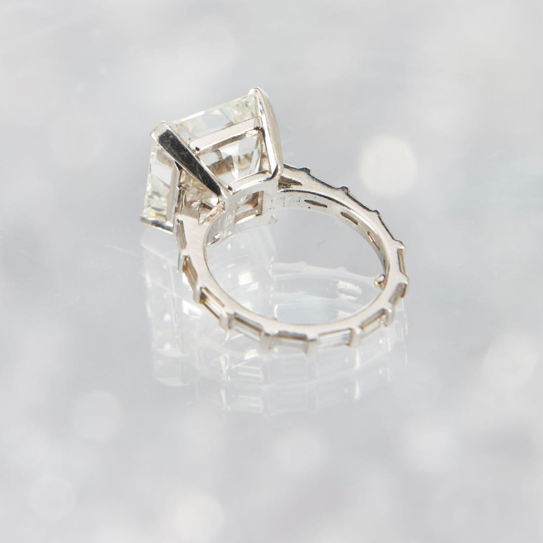 An 11-Carat Platinum Diamond Ring - 4