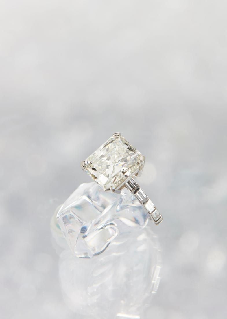 An 11-Carat Platinum Diamond Ring - 6