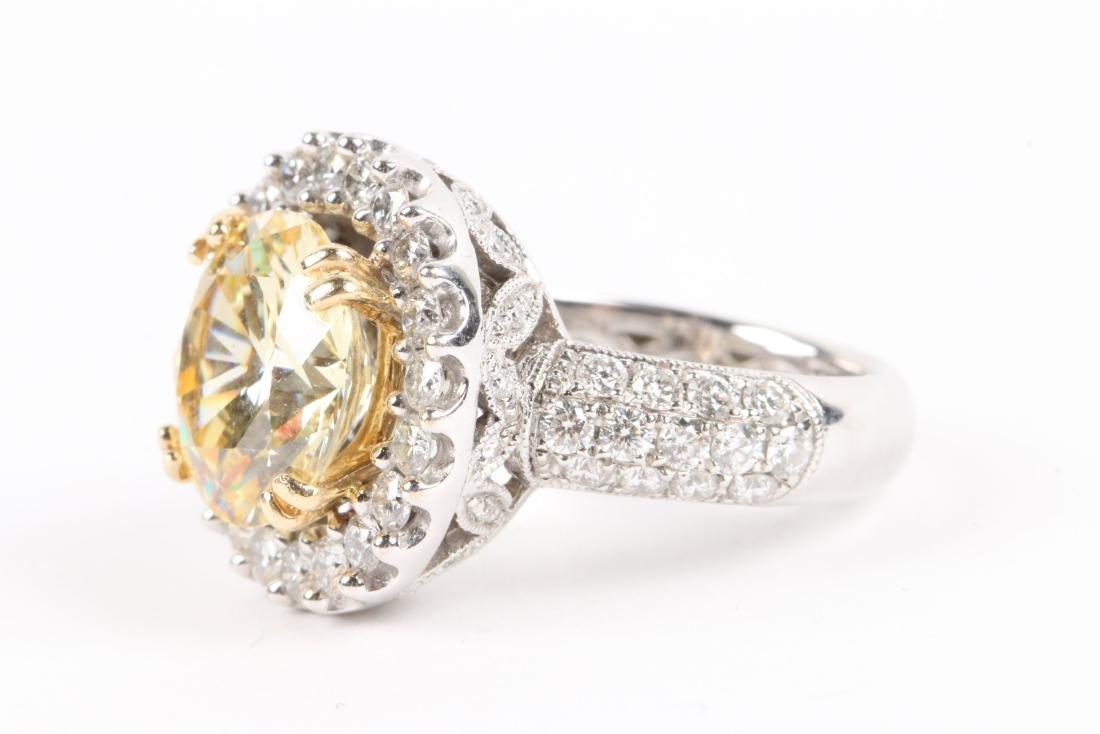 An 18K Gold, Diamond & Cubic Zirconia Ring - 4