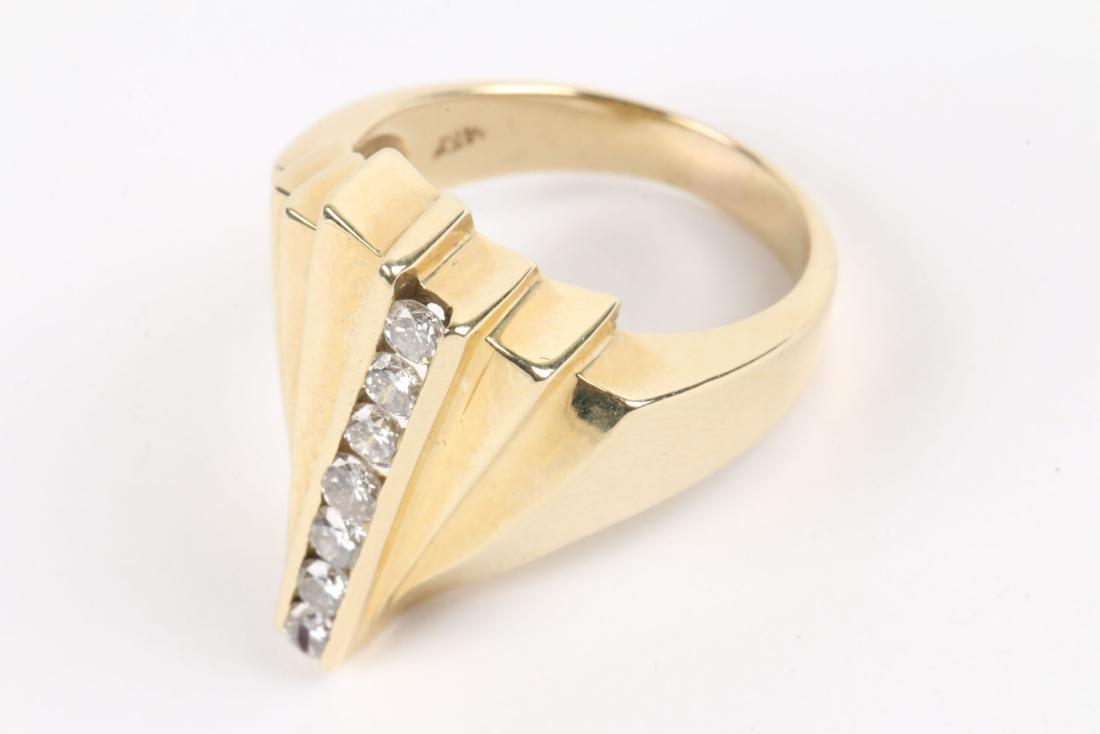 A 14K & Diamond Ring - 3