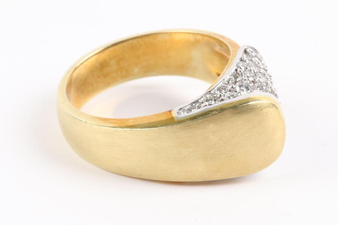 An 18K Gold & Diamond Ring - 4