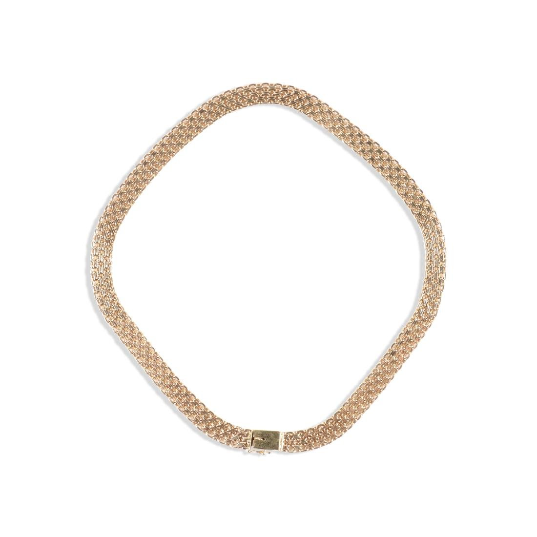 A 14K Yellow Gold Choker Necklace