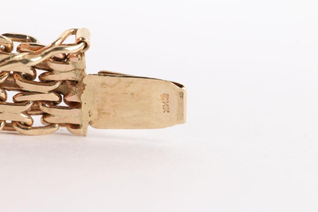 A 14K Yellow Gold Choker Necklace - 7