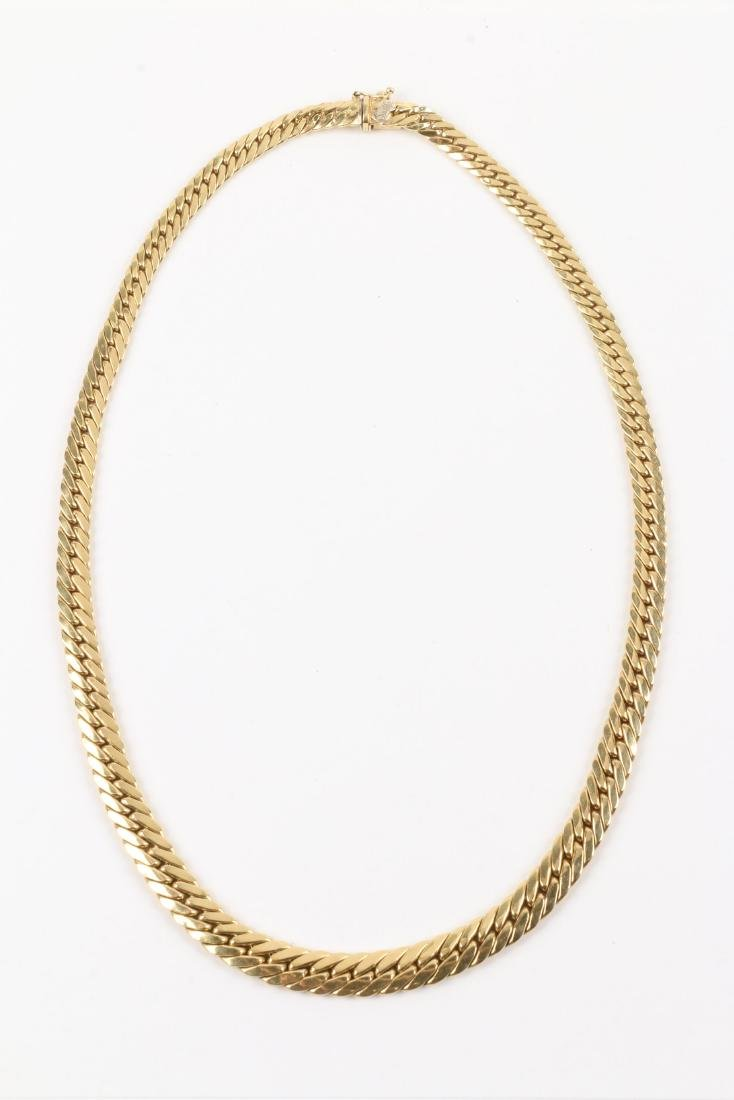 An 18K Gold Necklace - 2