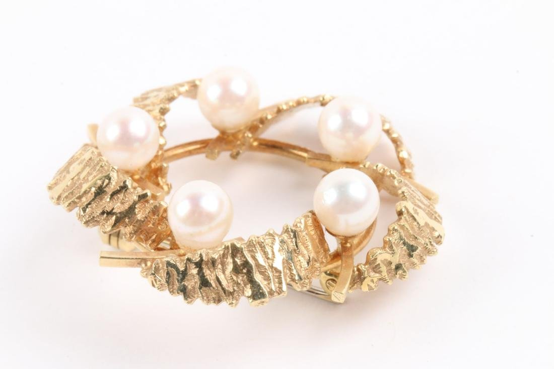 An 18K Gold & Pearl Earrings, Brooch Set - 4