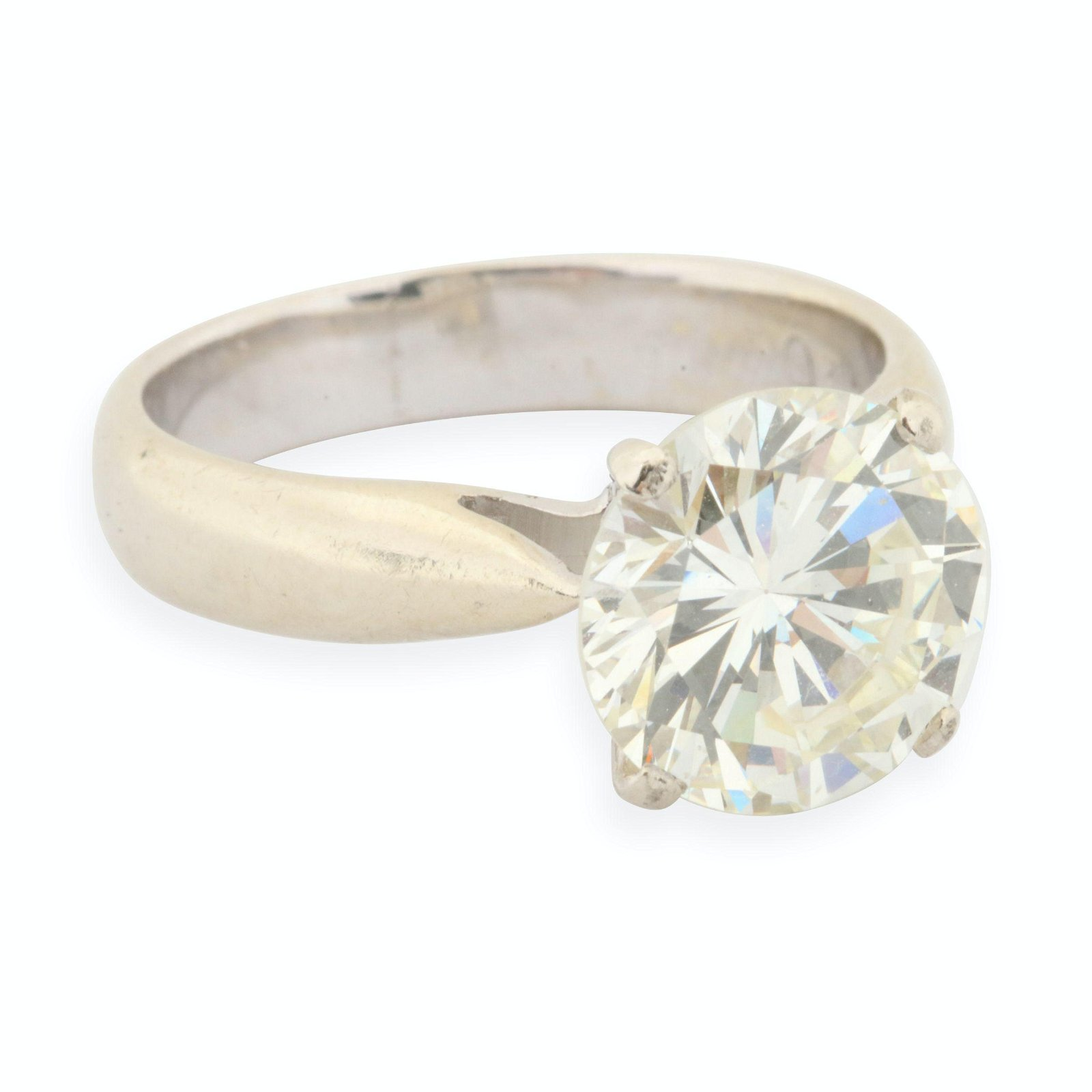 18K 4.25 Carat VS1 Diamond Solitaire Ring