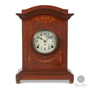 """Pequegnat """"Winnipeg"""" Mantle Clock"""