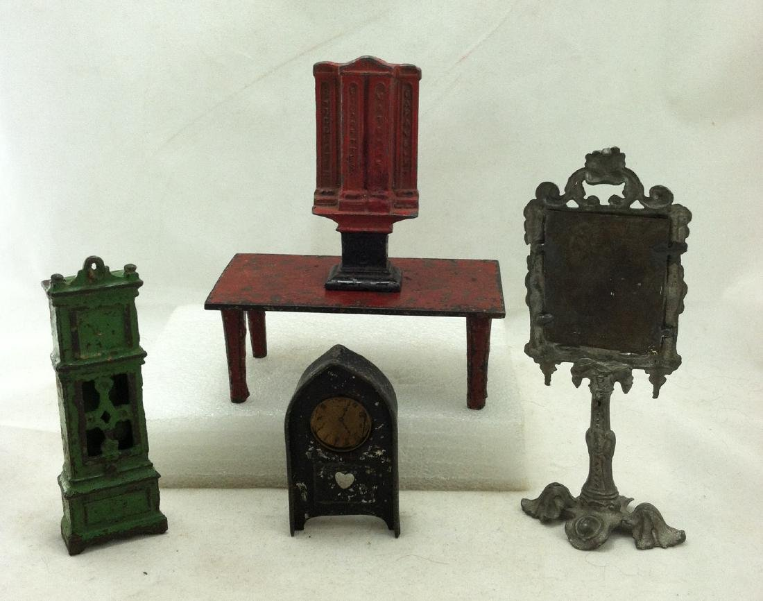 5 pc. Lot Realy Old  Metal Doll Furniture