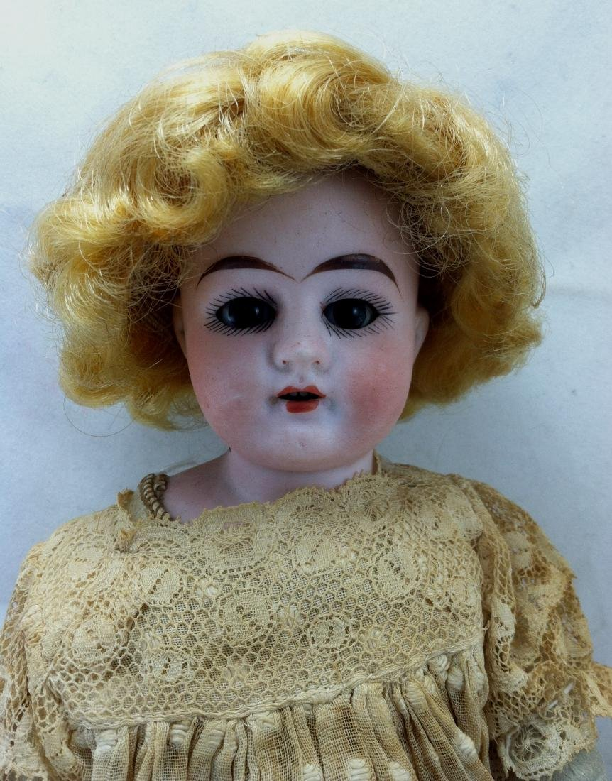 Antique Bisque Head/Kid Body Doll ' Almy ' - 2