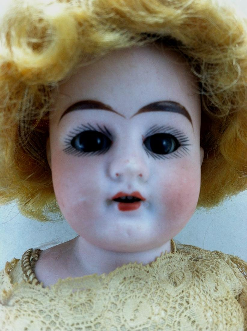 Antique Bisque Head/Kid Body Doll ' Almy ' - 5