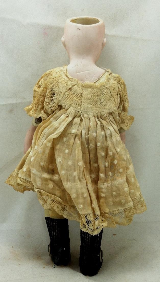 Antique Bisque Head/Kid Body Doll ' Almy ' - 6