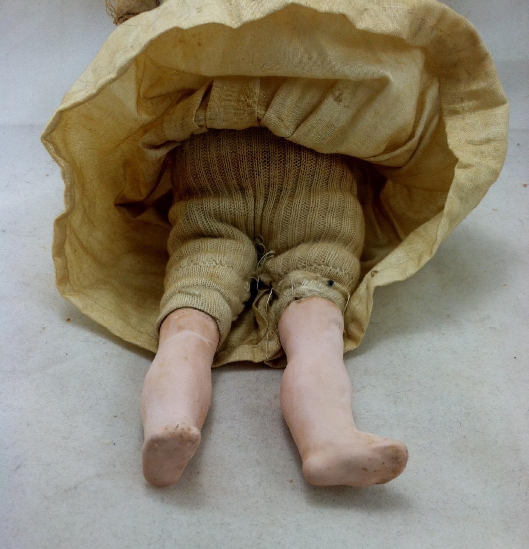 Early Heinrich Handwerck Doll. Needs Resoration - 3