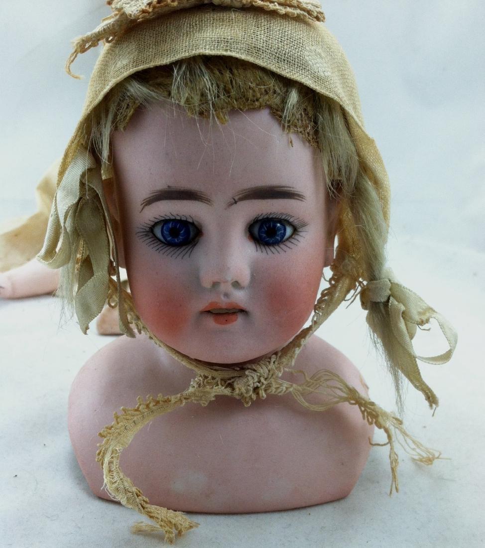 Early Heinrich Handwerck Doll. Needs Resoration - 5