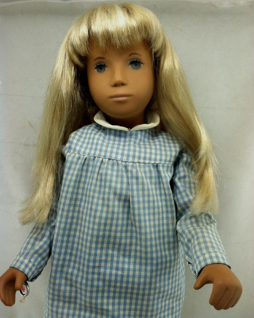 "Sasha Doll from England 16"" - 4"