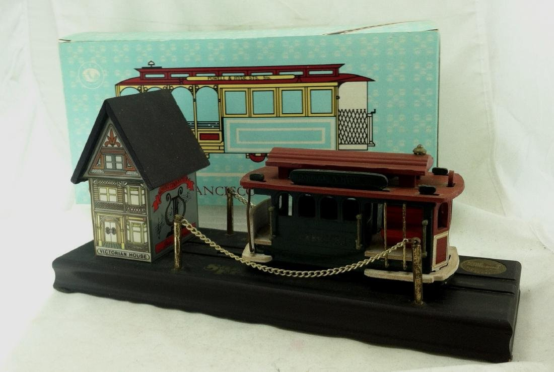 Musical Windup  Wood San Francisco Cable Car   NMIB