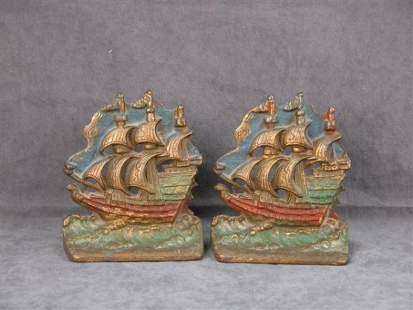 515: SET OF CAST BRONZE BOOKENDS PAINTED GALLEONS