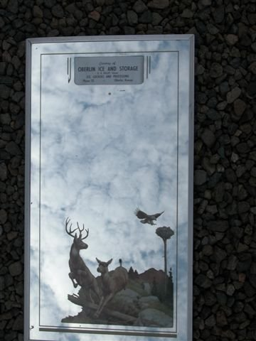 516: ADVERTISING MIRROR IN METAL FRAME, OBERLIN ICE&STO