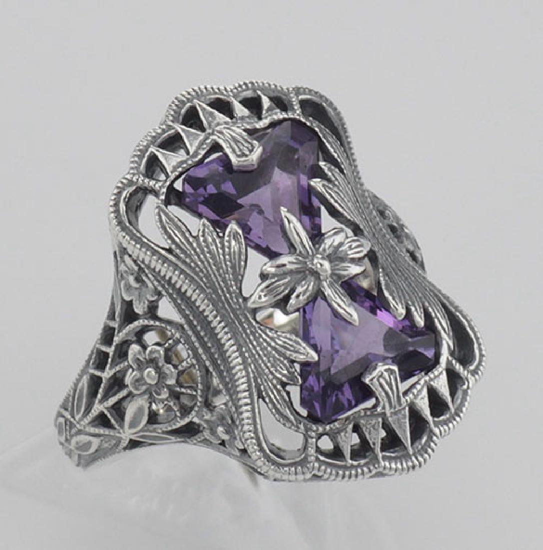 Art Deco Style Amethyst Filigree Ring with Flower Desig