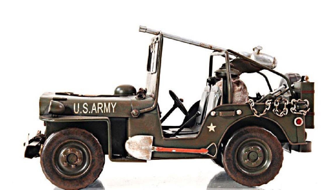 HAND MADE GREEN 1940 WILLYS-OVERLAND JEEP 1:12TH SCALE