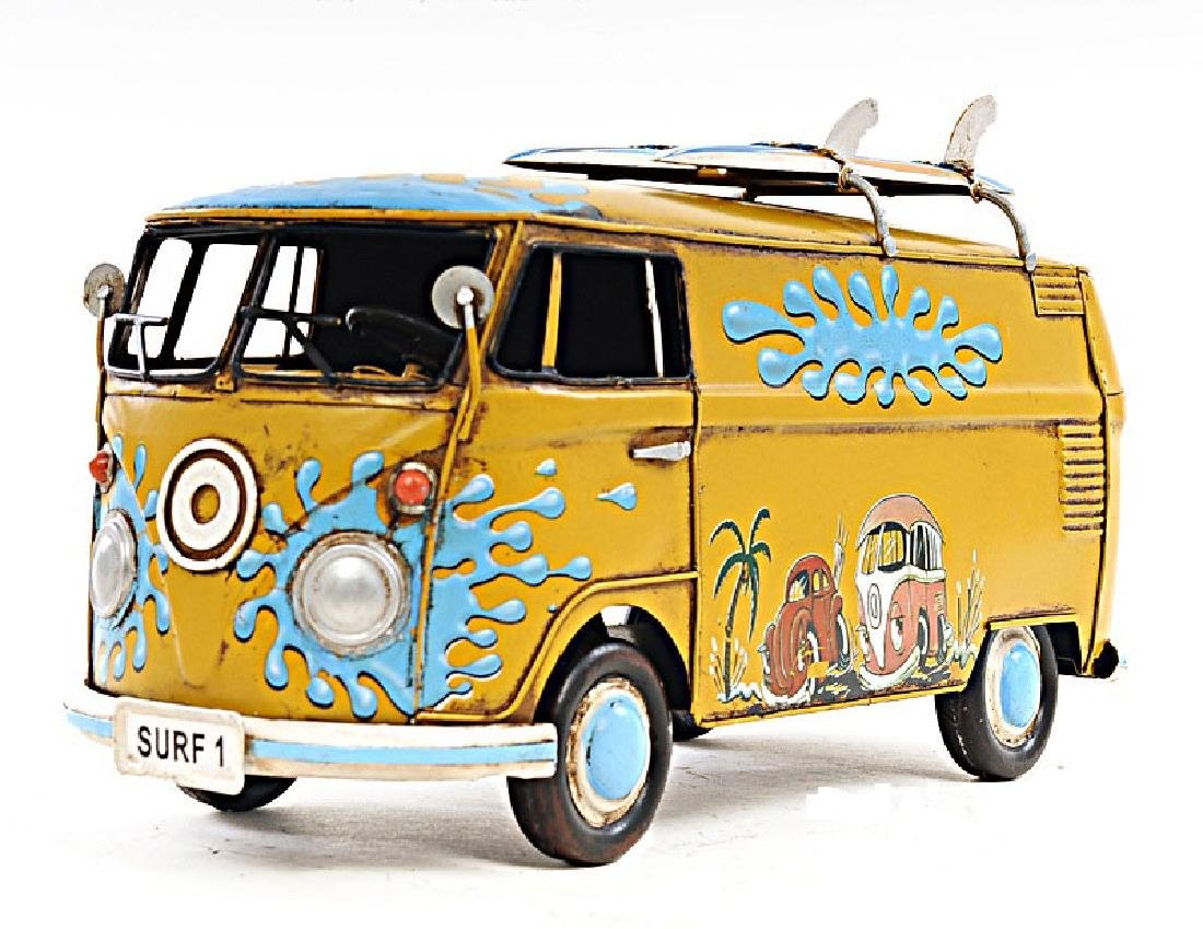 HAND MADE 1967 VOLKSWAGEN DELUXE BUS 1:18TH SCALE REPLI