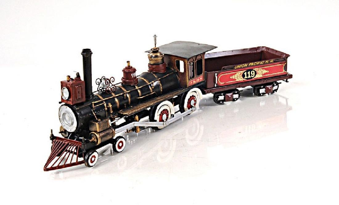 HAND MADE MODEL OF THE UNION PACIFIC 1:24TH SCALE MODEL
