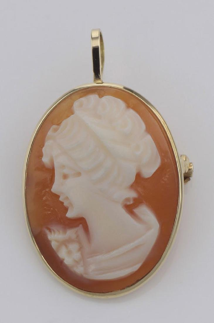 14kt Yellow Gold Hand Carved Italian Cameo Pin / Pendan